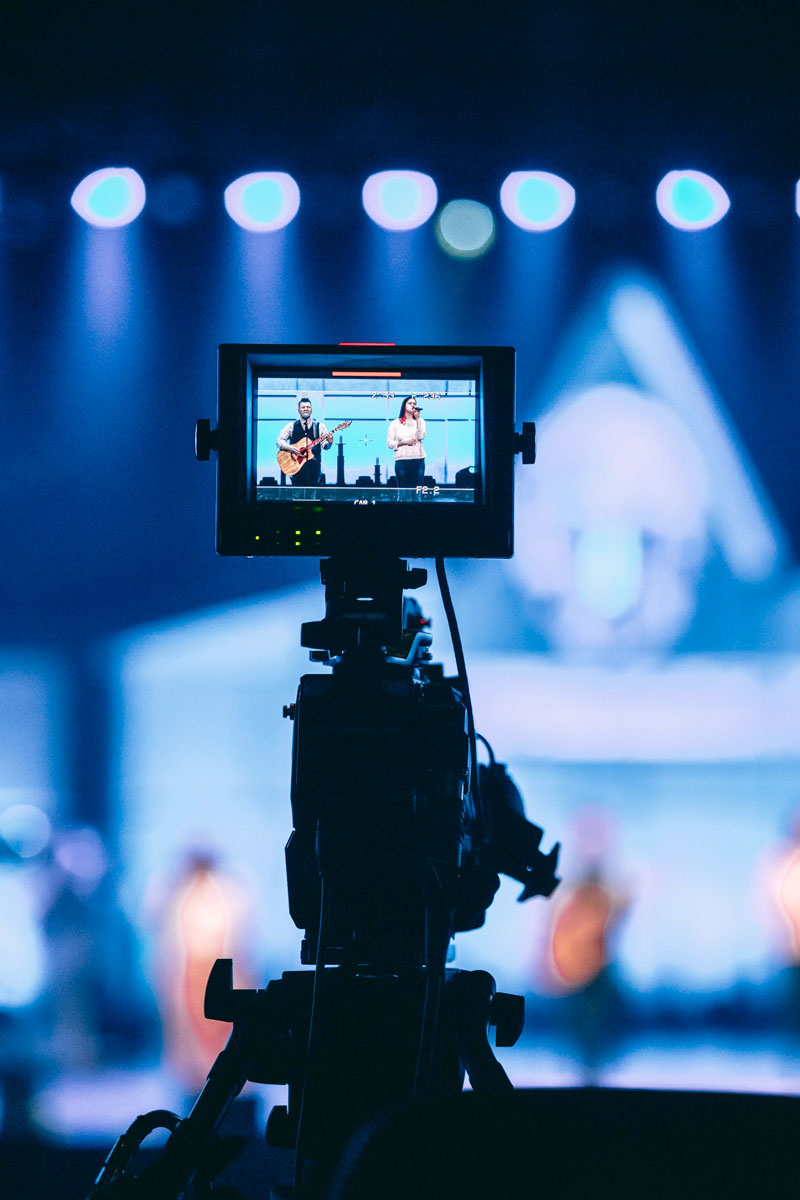 TV spot servizi Adviroo